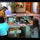 A man suspected of robbing Intercity State Bank in Weston, August 15 2014 (from Everest Metro Police Department)